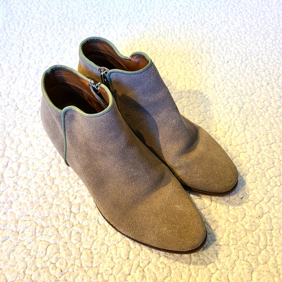 Crown Vintage Tabitha Taupe Suede Booties